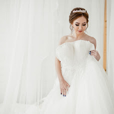 Wedding photographer Galina Bashlovkina (GalaS). Photo of 19.10.2017