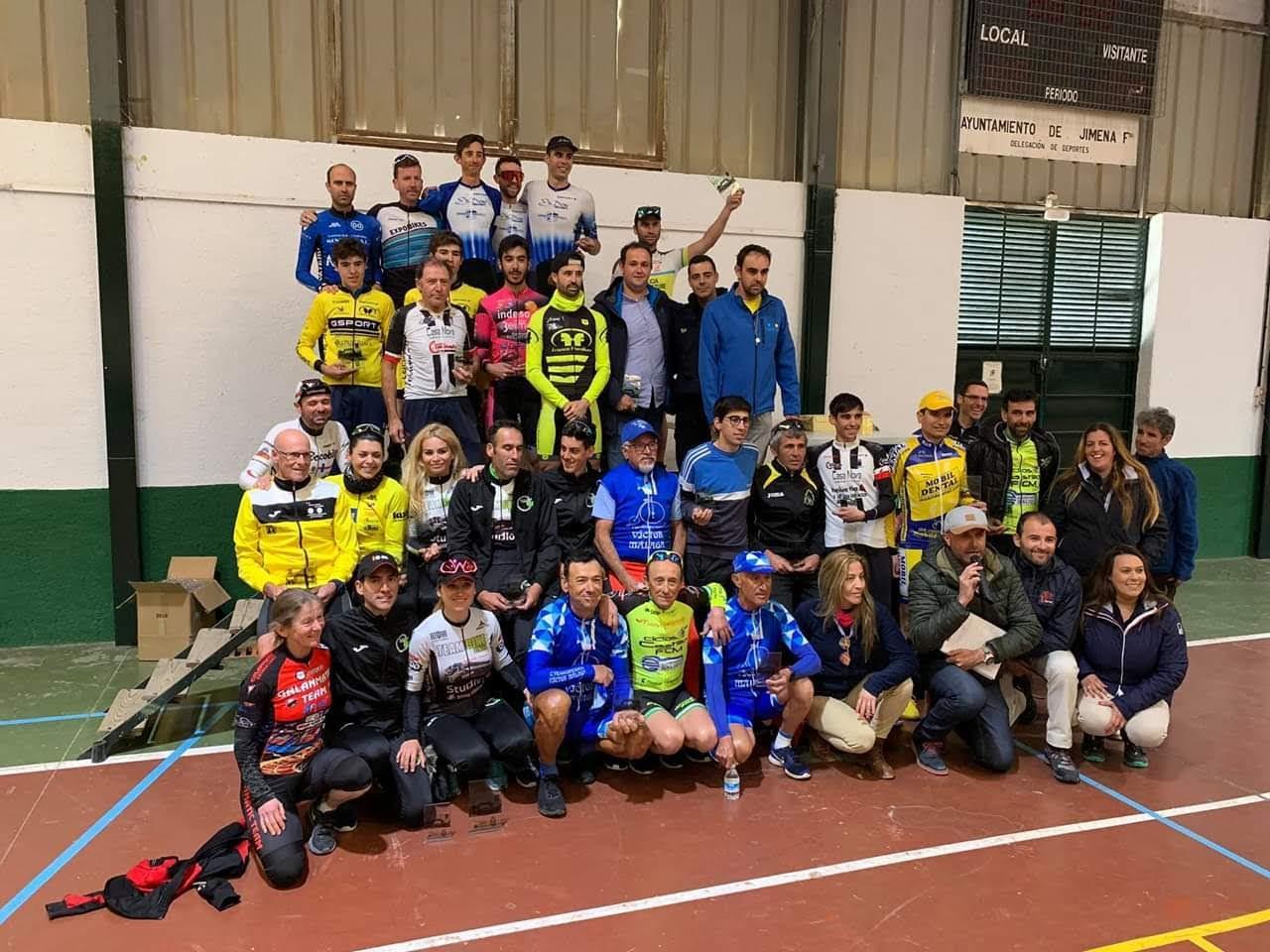 Ciclismo, Juan Antonio Velazquez y Dianne Newsome ganan en Jimena