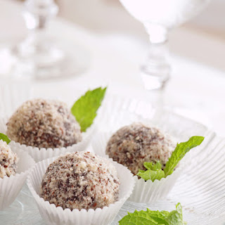 No-Bake Cocoa Cookie Balls