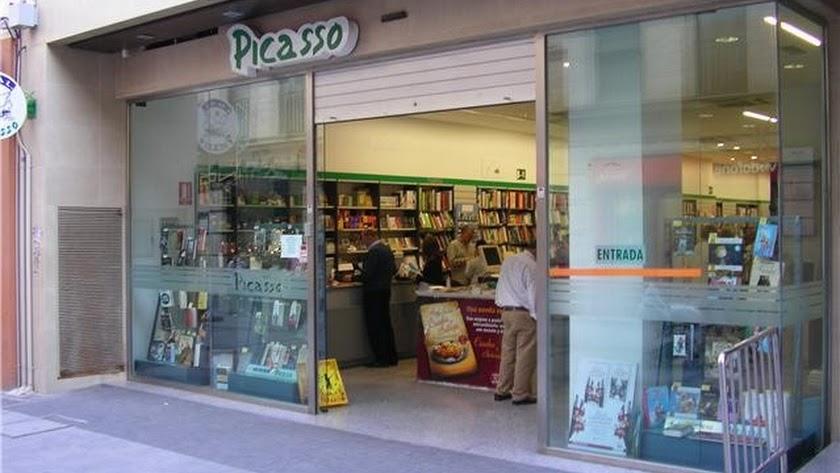 Picasso Reyes Católicos es uno de los dos establecimientos que mantiene Peral en Almería.