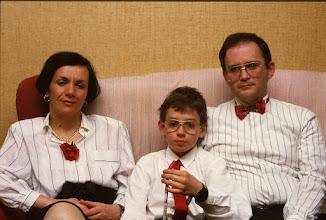 Photo: Tremalzo 31 dicembre 1989: ritratto di famiglia prima della festa di Capodanno