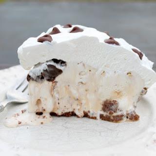 Salted Caramel Hazelnut Ice Cream Pie