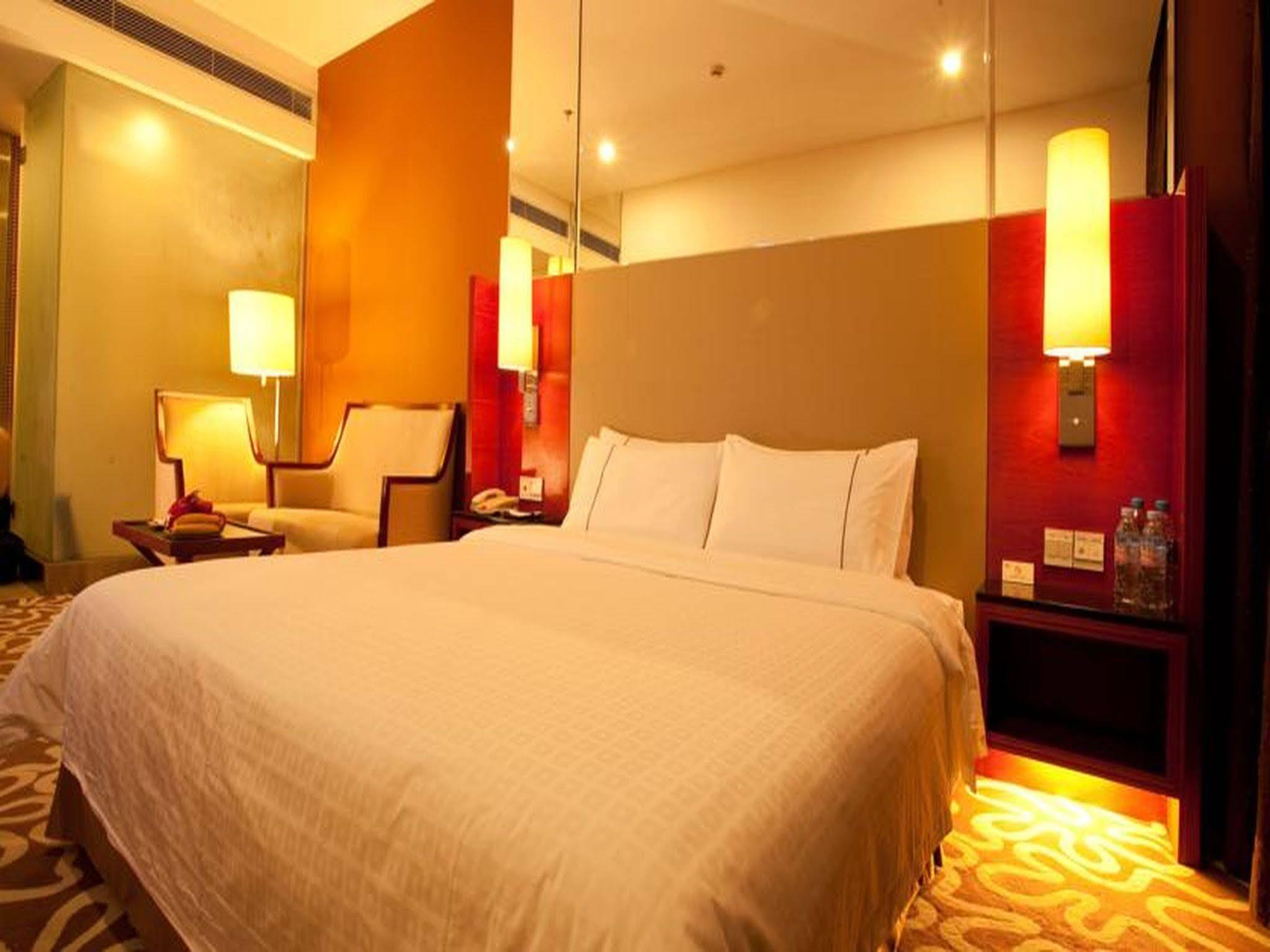 CAA Holy Sun Hotel