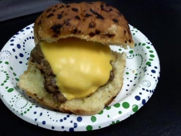 Muriel's Cheeseburgers Recipe