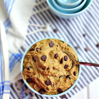 Healthy Vegan Cookie Dough Dip