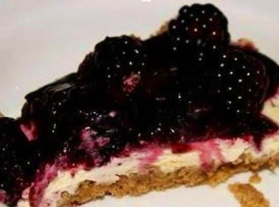 Berry Berry Delicious Almond Cheese Cake Recipe
