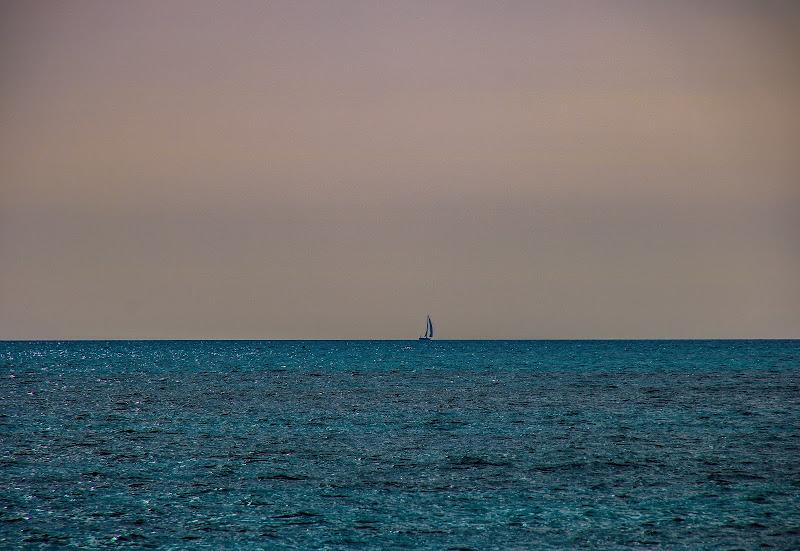 E il mare l'avvolse  di Giorgiasca