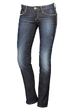 Photo: Jean slim NVY DENIM, Clouté : http://shop.be.com/vetements/jeans/jean-skinny-slim/jean-slim/4127.html