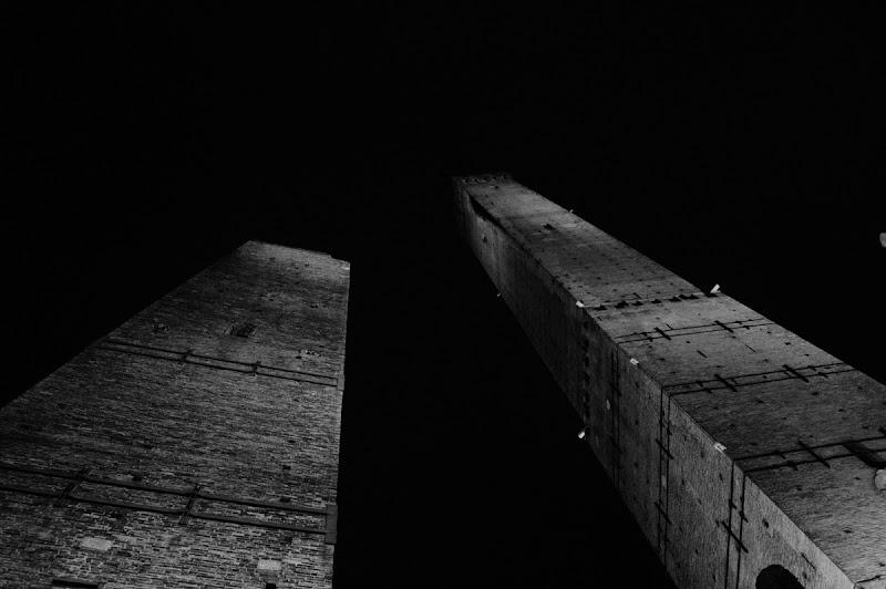Bologna by night di Chiaretta97