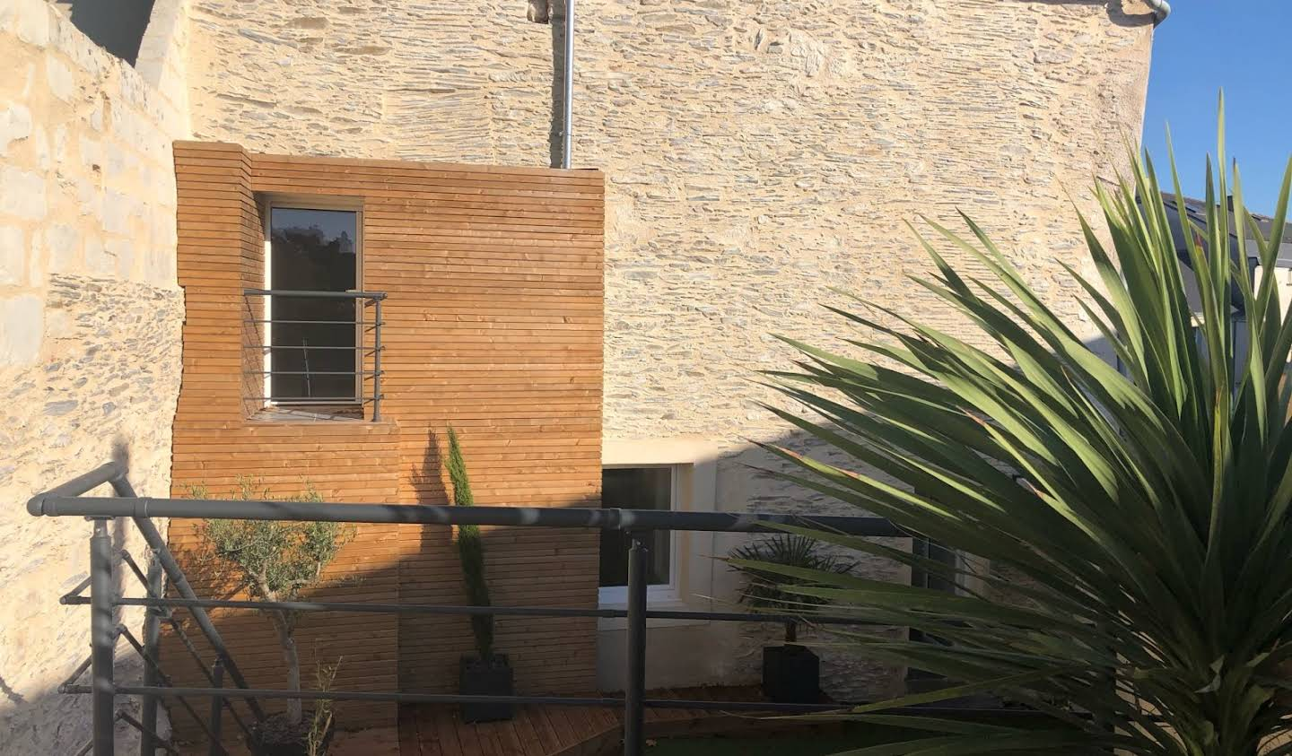 House with terrace Angers