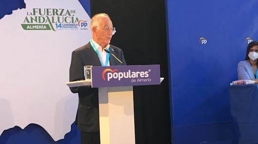 El PP arropa a Gabriel Amat en su despedida de presidente