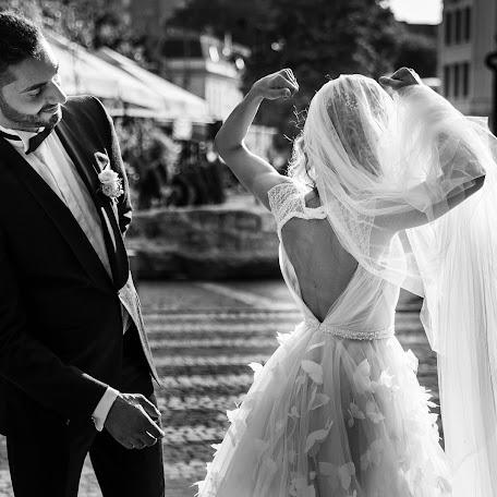 Wedding photographer Cristina Tanase (CristinaTanase). Photo of 12.02.2018