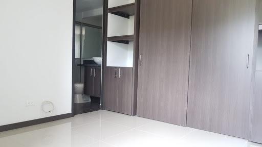 apartamento en arriendo niquia 824-854