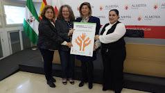 Rafaela Abad junto a las presidentas de las distintas asociaciones colaboradoras.