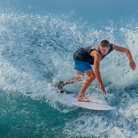by Lim Keng - Sports & Fitness Surfing