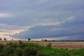 Photo: Díky tomu, že jsem nejel z Glubczyc do Krnova přímo, ale zajel jsem přes Branice, Úvalno jsem se vyhnul dešti :)