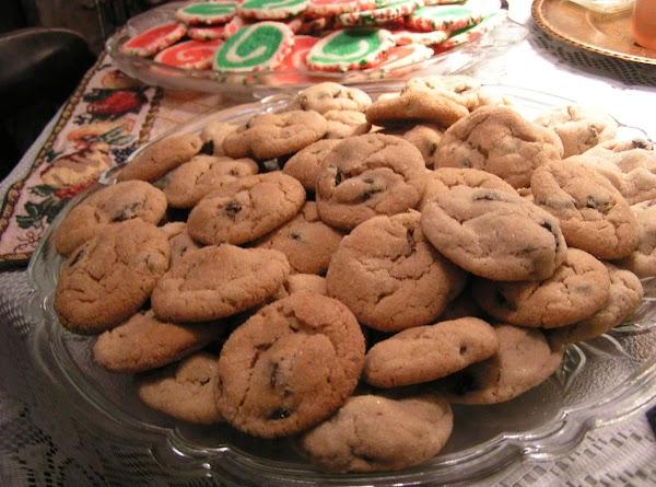 Peanut Butter Fig Crunchies - Dee Dee's Recipe