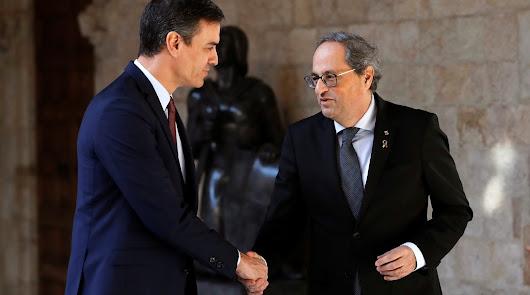 Pedro Sánchez acuerda con Quim Torra iniciar la mesa de diálogo este mes