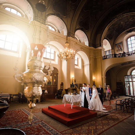 Wedding photographer Roman Lutkov (romanlutkov). Photo of 19.10.2017