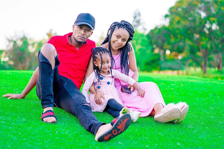 DJ Mo, daughter and wife Size 8