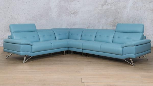 Store owners to confirm if sofa at Durban police station is SA's famous blue couch