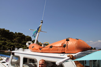 Photo: Le canot de sauvetage ?!!
