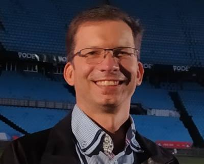 Christo Keyser, IOT Engineer, Comsol.