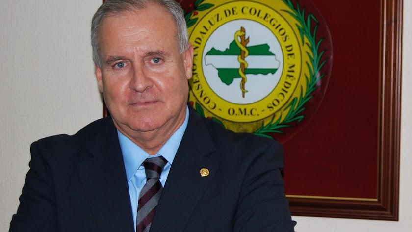 Francisco José Martínez Amo, presidente del Colegio de Médicos de Almería.