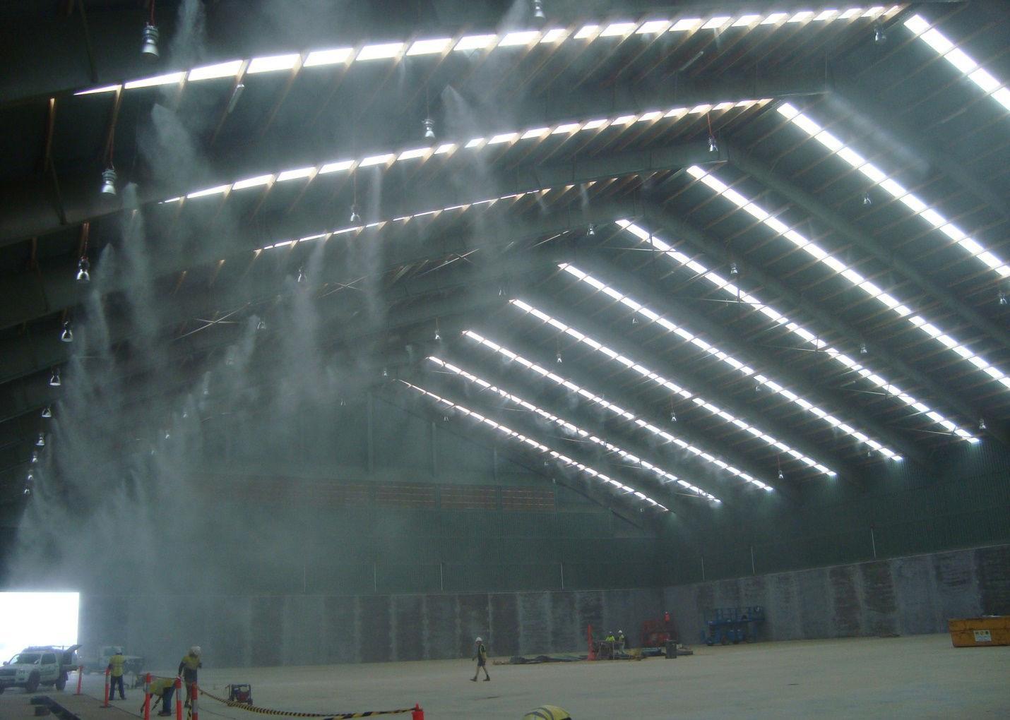 Máy phun sương có công dụng tạo độ ẩm, giảm bụi