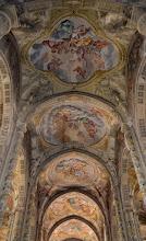 Photo: Affreschi della navata centrale