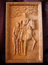 Photo: Versión más reciente del cuadro del Greco ''San Martín y el mendigo''. Tamaño: 74 x 44 cm. || Talla en madera. Woodcarving.   Puedes conocer más de este artista en el blog: http://tallaenmadera-woodcarving-esculturas.blogspot.com/