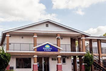 Days Inn and Suites San Diego SDSU