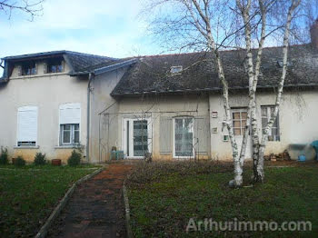 maison à Sens-Beaujeu (18)