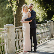 Wedding photographer Arina Dmitrieva (Morkovo4ka). Photo of 27.08.2015