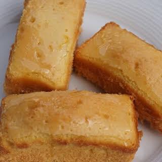 Mini Luscious Lemon Cakes.