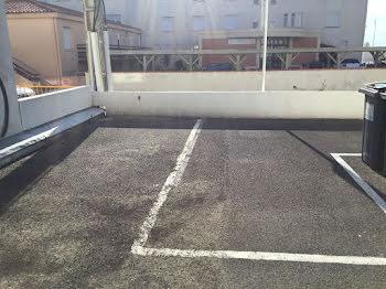 parking à Notre-Dame-de-Monts (85)