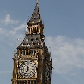 Big Ben by Leelamohan Anantharaju - Buildings & Architecture Public & Historical ( big ben, elizabeth tower, london attractions, westmister palace )