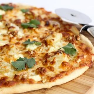 Delicious Mozzarella and Gorgonzola Pizza