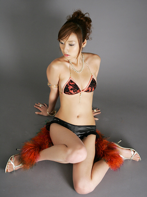 AHotGirl.blogspot.com hot best naked adult sexy cute asian japan china korea bikini actress girl model babe beauty photo gallery - 2161015_1175751133.jpg