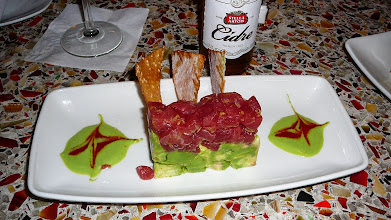Photo: Tuna tartar with avacado