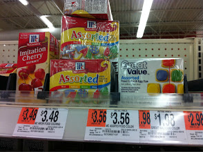 Photo: Food coloring should always be on hand during the holiday season.