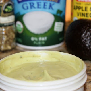 5-Ingredient Creamy Avocado Dressing