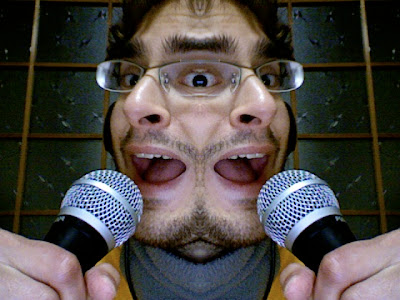 alejandro ale アレハンドロ podcast ポッドキャスト mic micrófono microphone