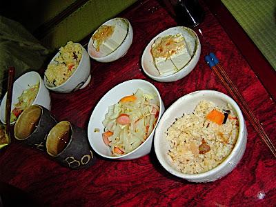 Salteado de verduras  野菜炒め tofu 豆腐 takikomi gohan 炊き込みご飯