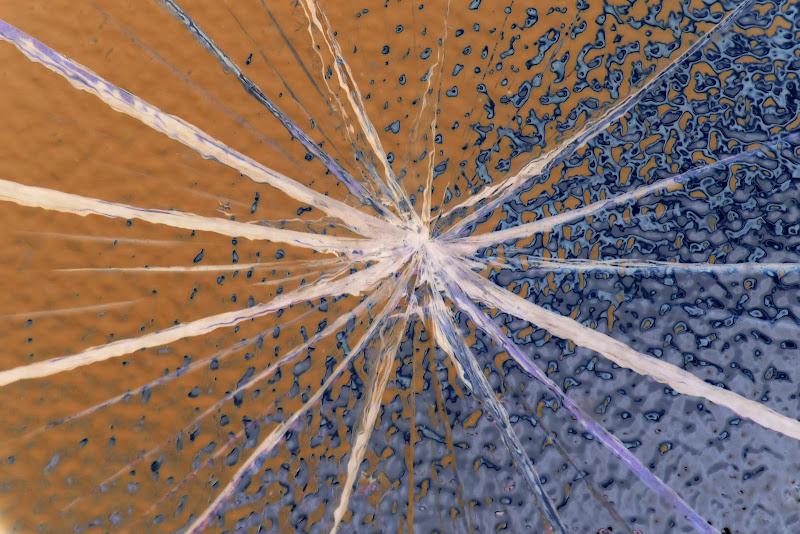 Anche una pallonata può creare un opera d'arte di braxittu