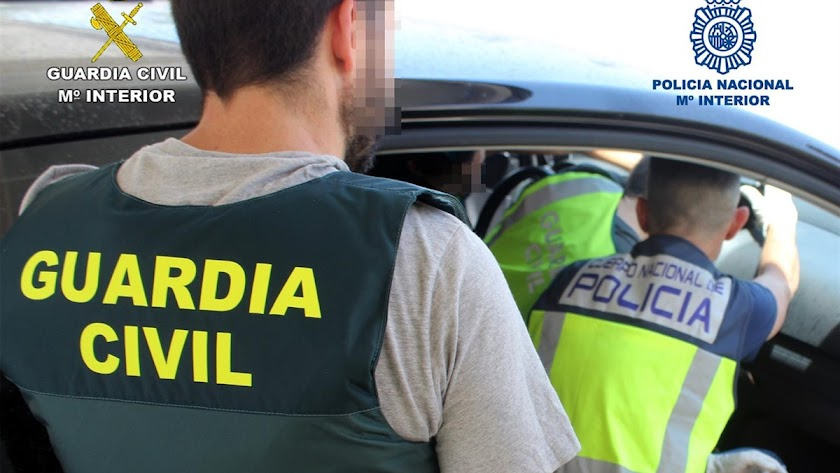 Imagen de la operación conjunta entre Guardia Civil y Policía Nacional.