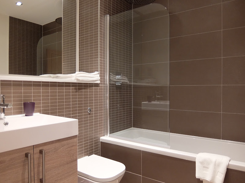 4-bathroom-family-twickenham