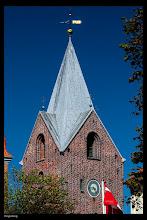 Photo: Mitten in der Stadt Ringkoebing liegt die Kirche, die aus dem 14. Jh. stammt.
