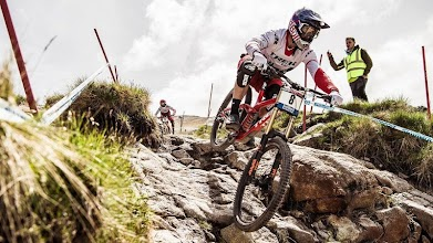 Downhill MTB Racing Wallpaper APK Download For Android