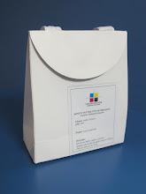 Photo: Sacola pequena de papel com alça - Fecho com velcro. SPP-090 - alt=165mm x 140mm=larg.